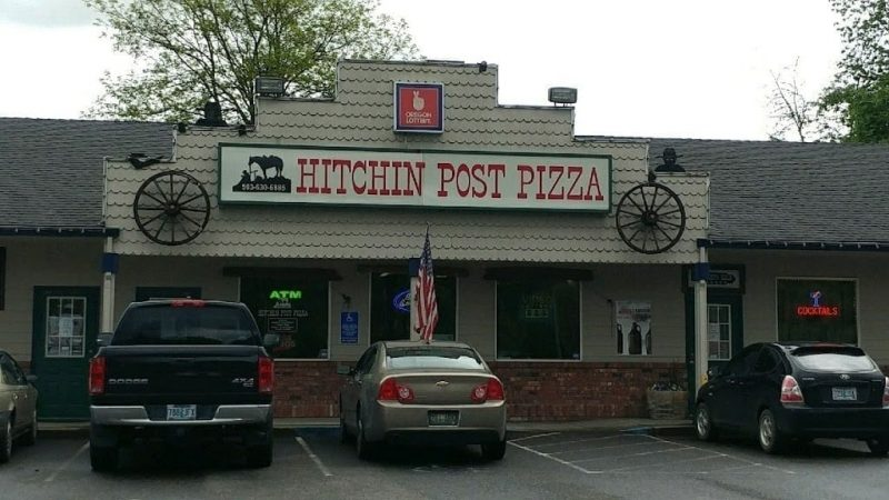 hitchin-post-pizza-estacada